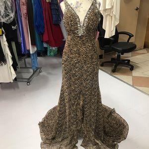 Women's dress LuxGal mermaid cheetah size 4